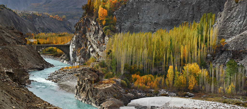 hunza%20bridge%20panorama-XL.jpg